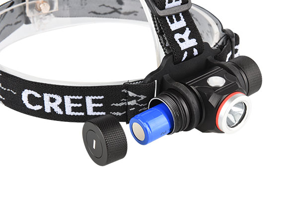 Head torch rechargeable 800LM with strobe and SOS mode 2