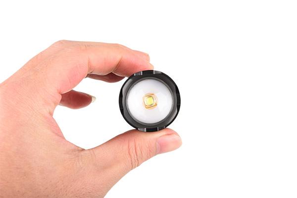 Rechargeable flashlight micro USB 850lm Aluminum housing IP44 4