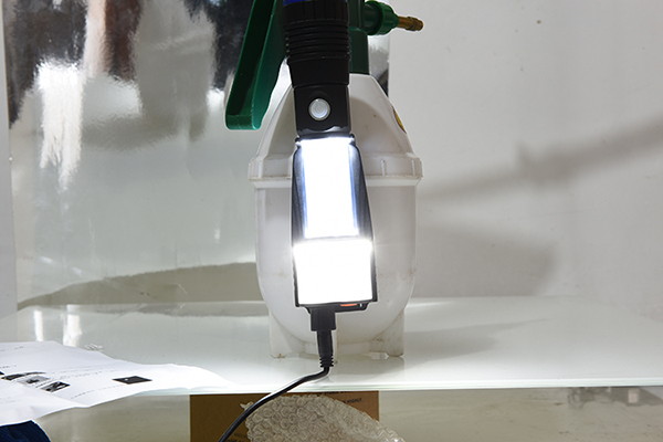 Rechargeable pocket flashlight 500LM with magnetic tail 9